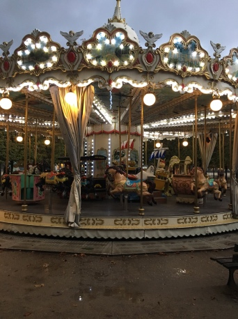 carousel_paris